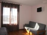 Sofá habitación principal, supletoria 120cm
