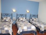 habitación triple 3 camas,opción supletoria 120cm, bañera